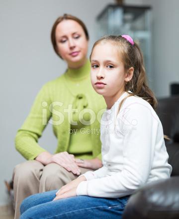 Cara menegur dan memarahi anak yang baik dan benar
