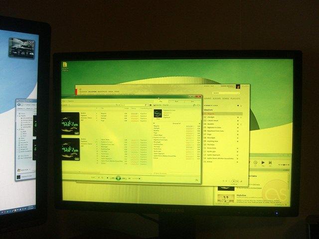 cara-aman-dan-tetap-sehat-beralama-lama-di-depan-lcd-monitor-online-seharian